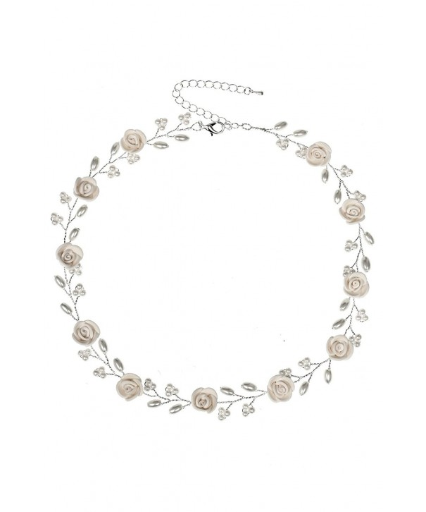 Handmade Beige Flower Pearls Necklace