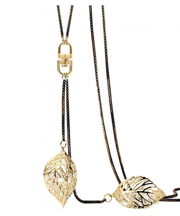 Finov Crystal Stuffing Pendant Necklace